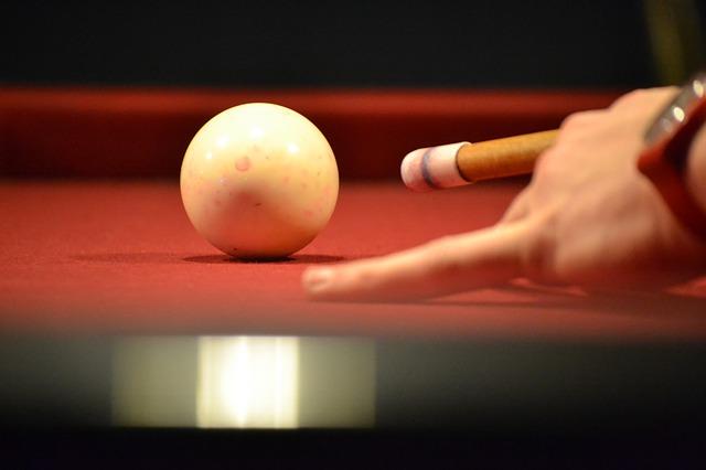 billiards-449708_640