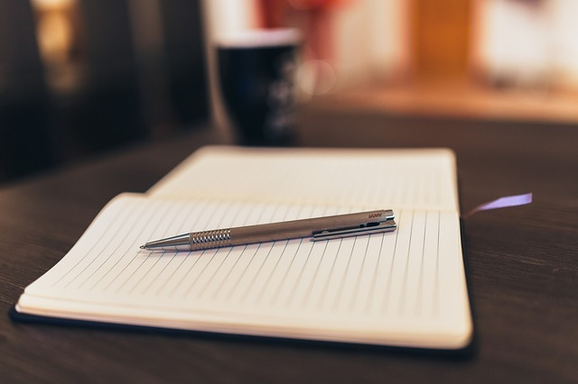 notepad-926046_640