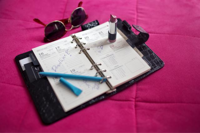 pict-kaboompics.com_Organizer calendar II