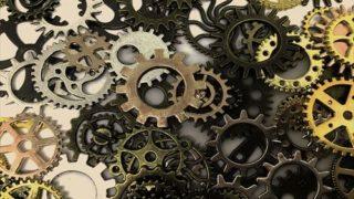 人間は、機械と同じように動くことはできない